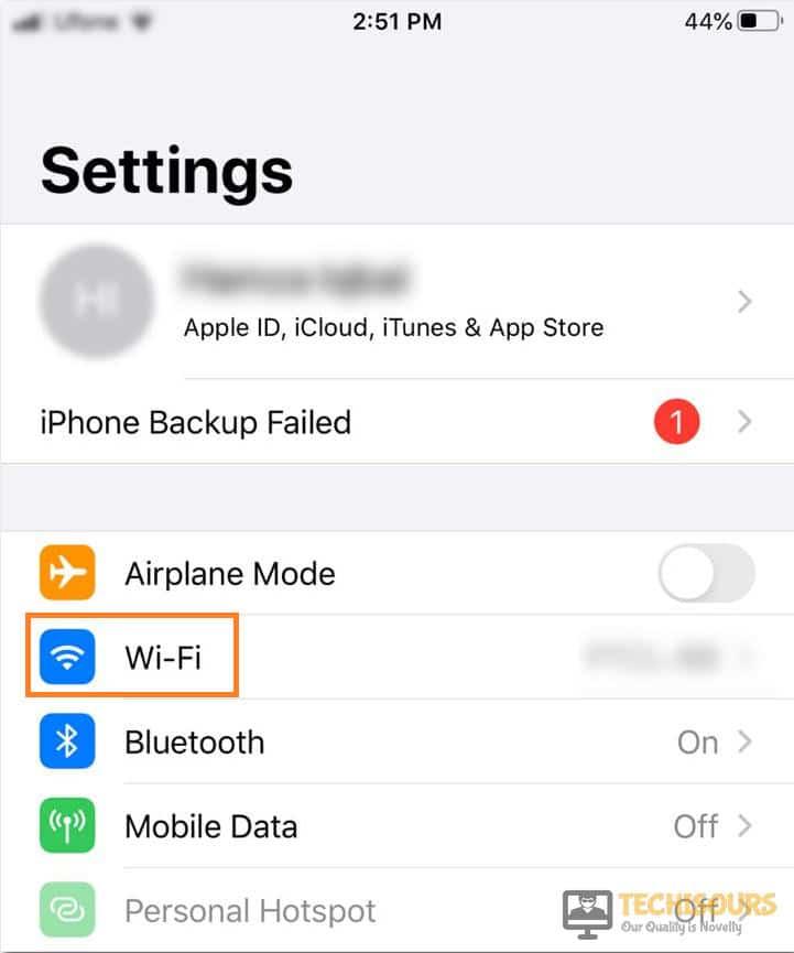 Tap on Wifi to fix com.apple.mobilephone error 1035